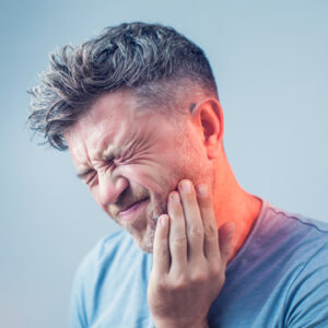 toothache radiating to chin and ear